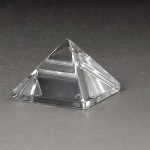 水晶ピラミッド小15mm(czpy15mm-1)