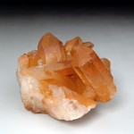 タンジェリン水晶クラスター(tacr173-2)